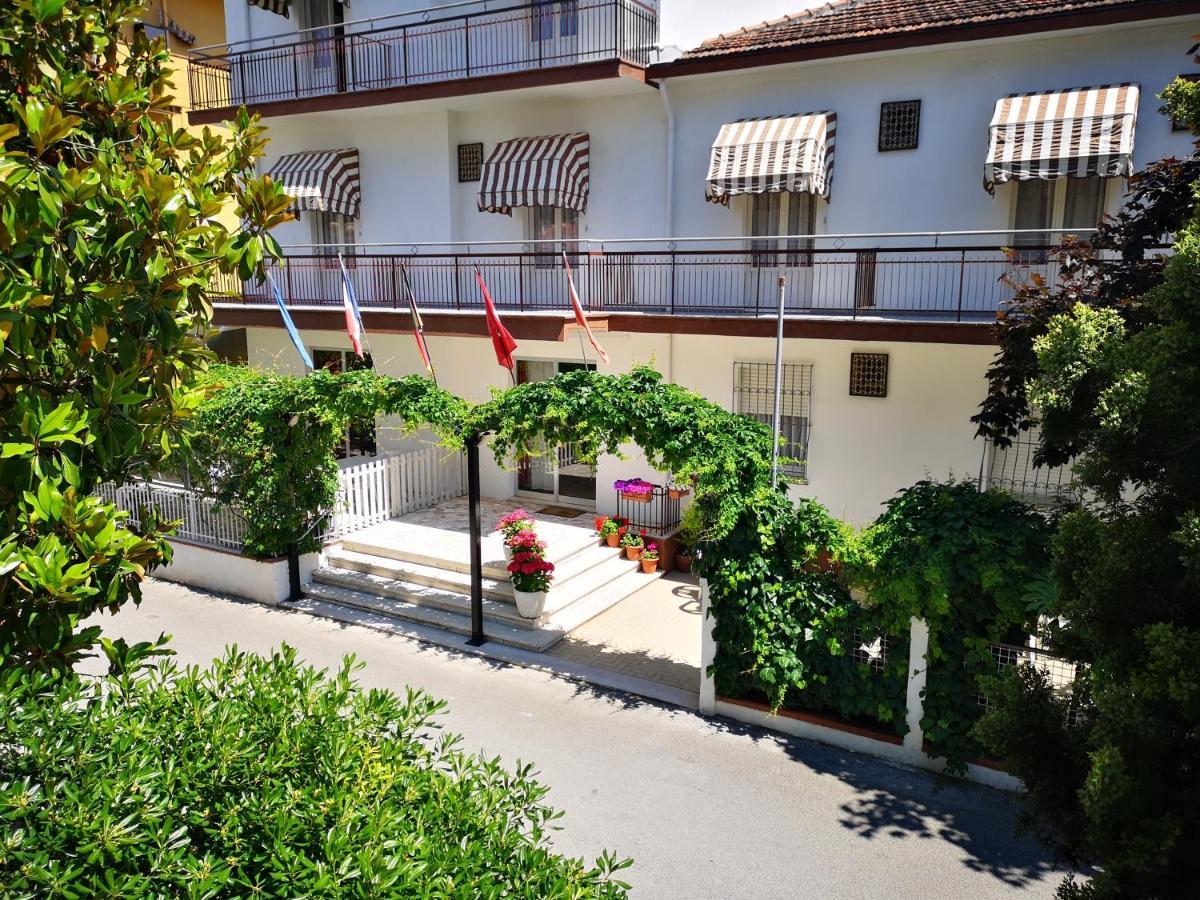 Отель  Villa Sorci