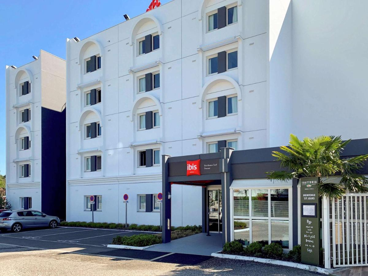 Отель  Ibis Bordeaux Pessac Route Des Vins