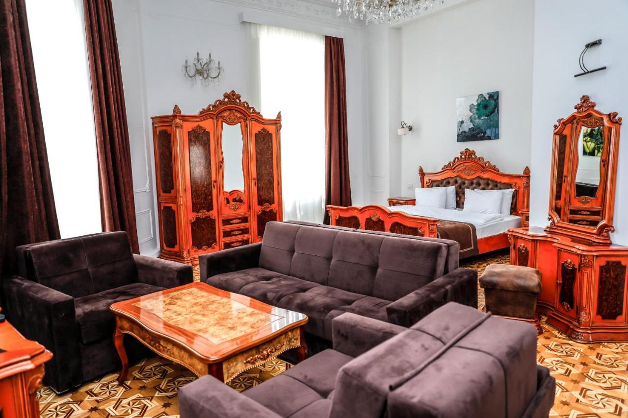 Отель  MalakHan Hotel