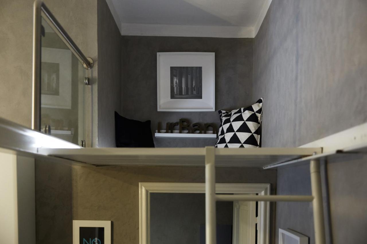 Armadio Piccolo Ad Angolo apartment urban 3, arezzo, italy - booking
