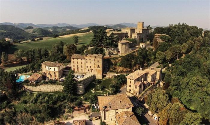 Отель  Antico Borgo Di Tabiano Castello - Relais De Charme