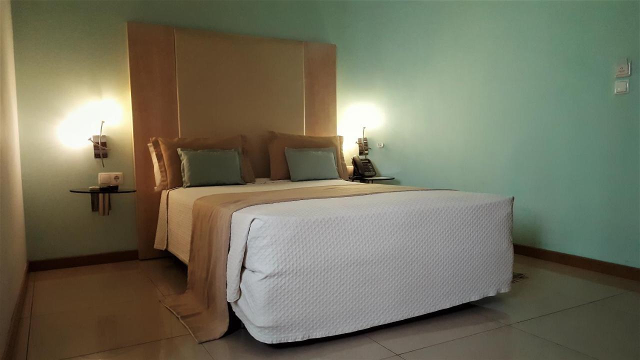 Puit De Lumiere Sol sol hotel, praia, cape verde - booking