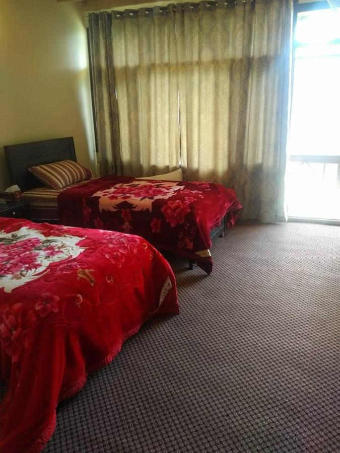 Отель  Embassy Vantage Resort
