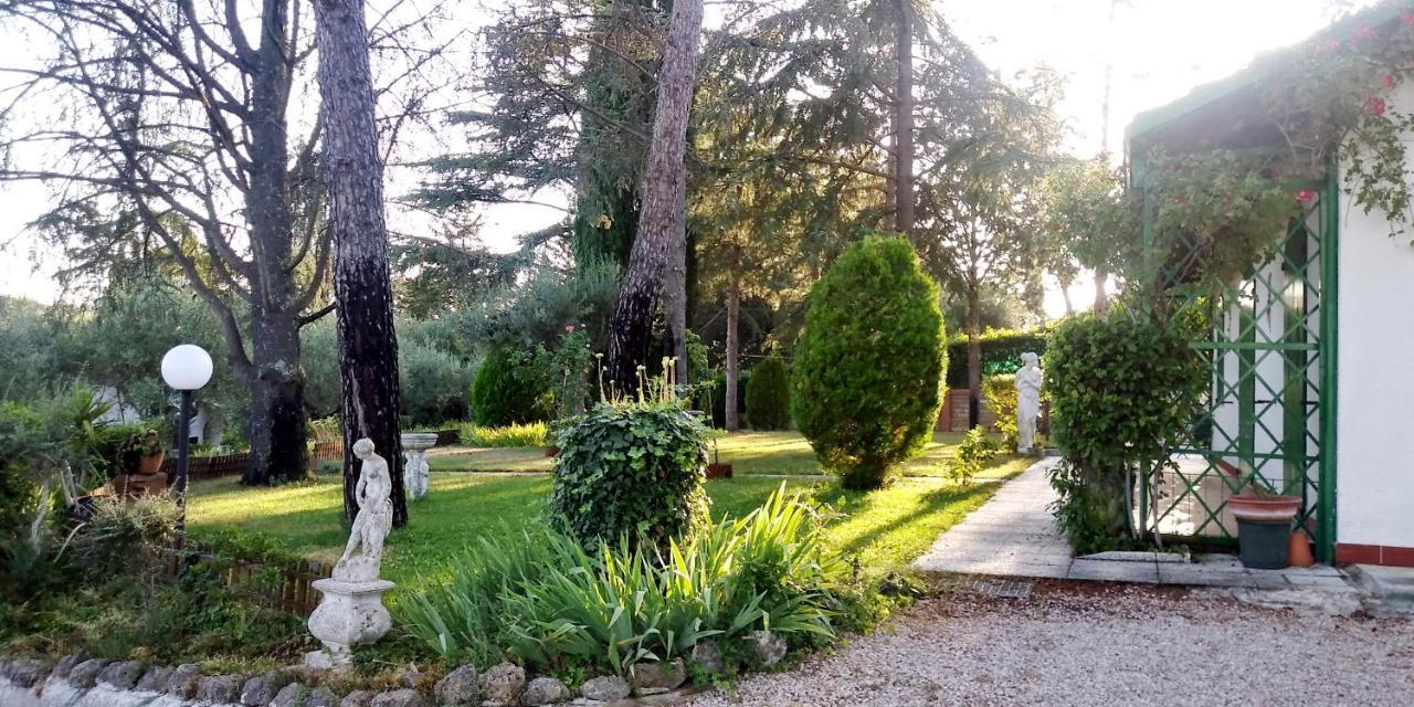 Telo Per Laghetto Da Giardino vacation home i pini house, magione, italy - booking