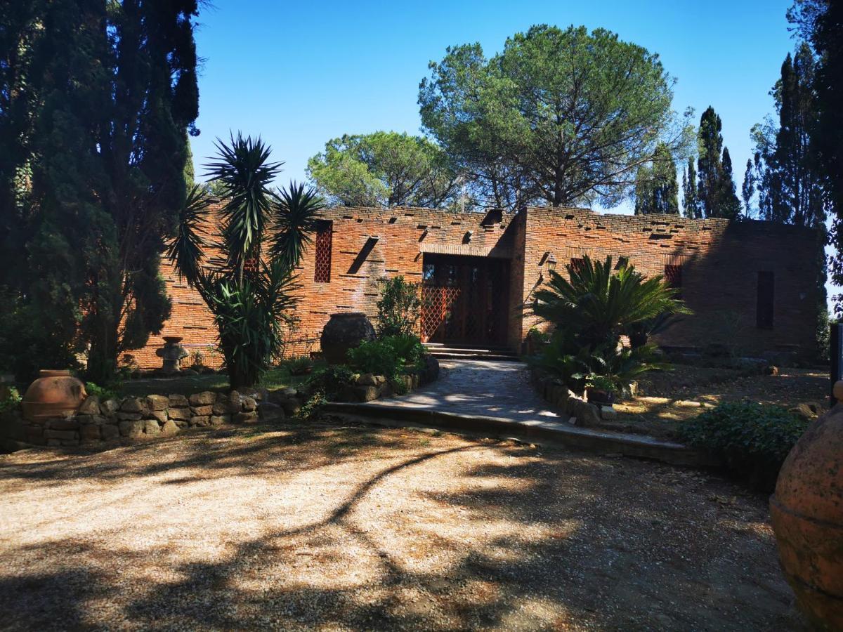 Monte Porzio Catone Cosa Vedere villa isola farnese parco di veio, italy - booking