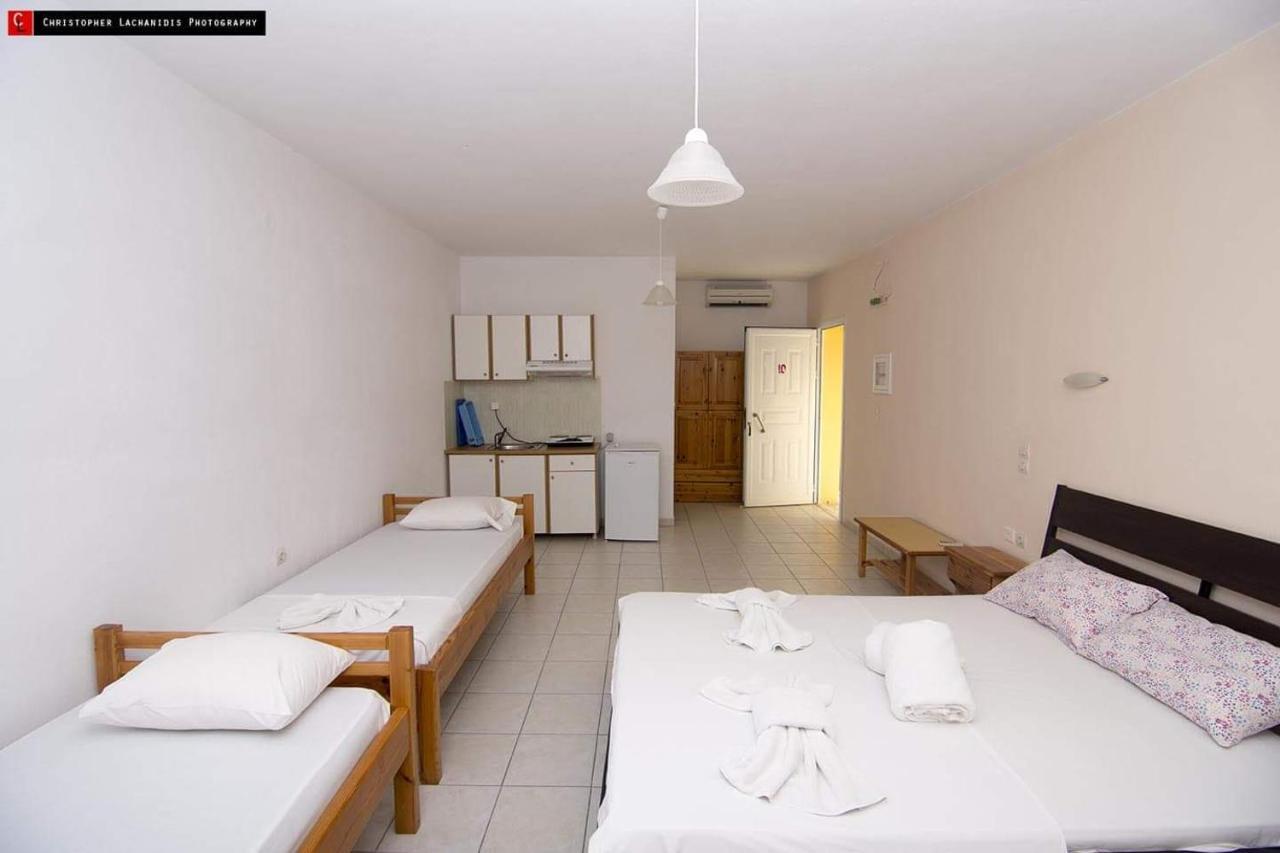 Отель  Hotel Alexios
