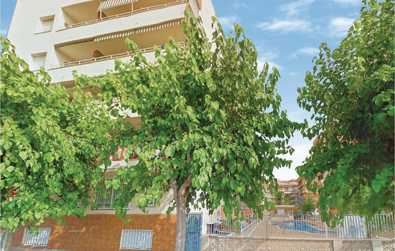Апартаменты/квартира  Two-Bedroom Apartment In Pineda De Mar