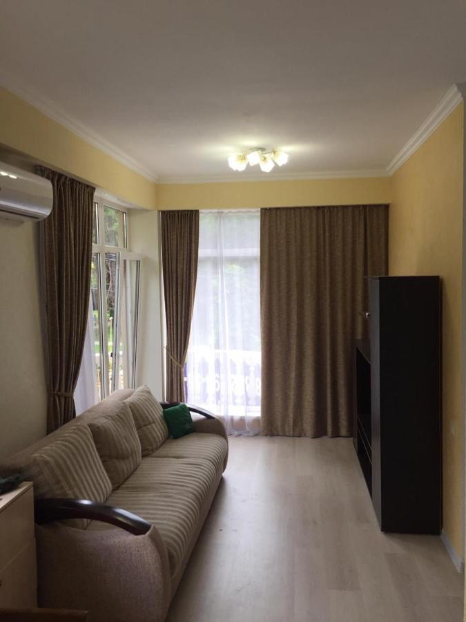 Апартаменты/квартира  Apartment On Tulpanov 25