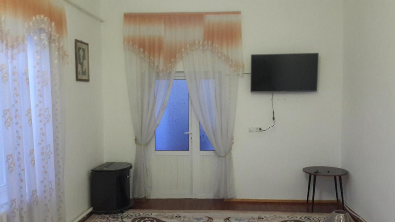 Дом для отпуска  Nodir House