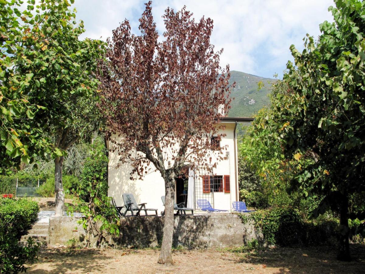 Дом для отпуска  Locazione Turistica Casa Il Poggio (CMA190)