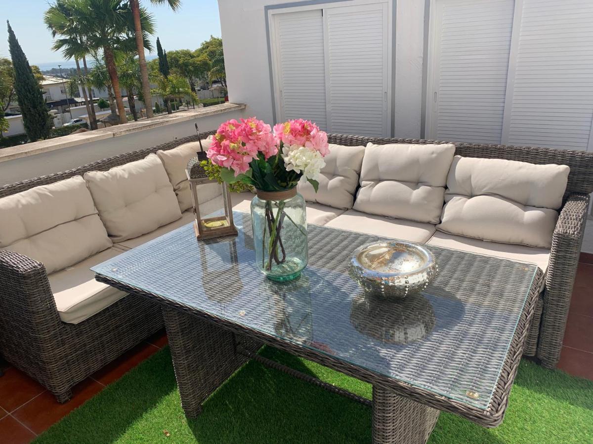 Slaapbank Design Outlet.Apartment Lujo Al Lado Del Aeropuerto Y Playa Parking Free