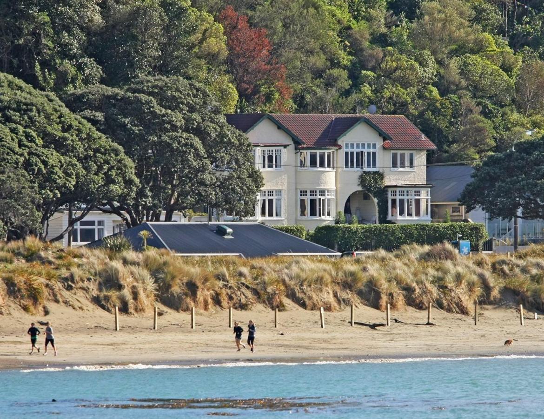 Отель типа «постель и завтрак»  Beachfront Wellington Bed And Breakfast