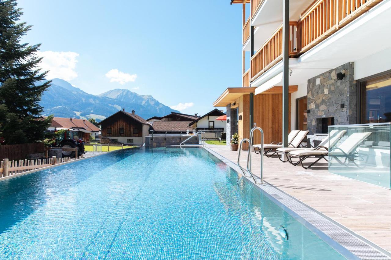 Отель  Hotel Sonnenspitze