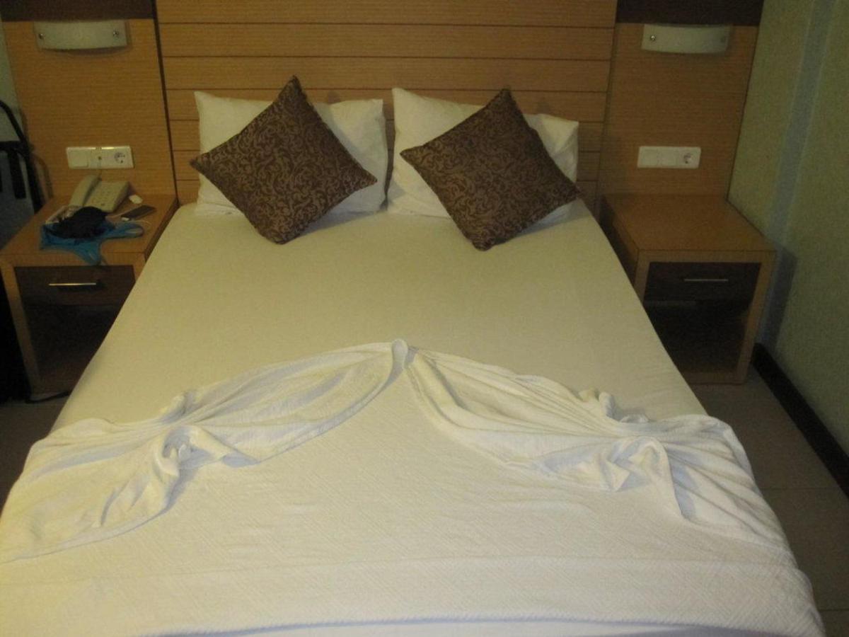 Отель  Remi Hotel