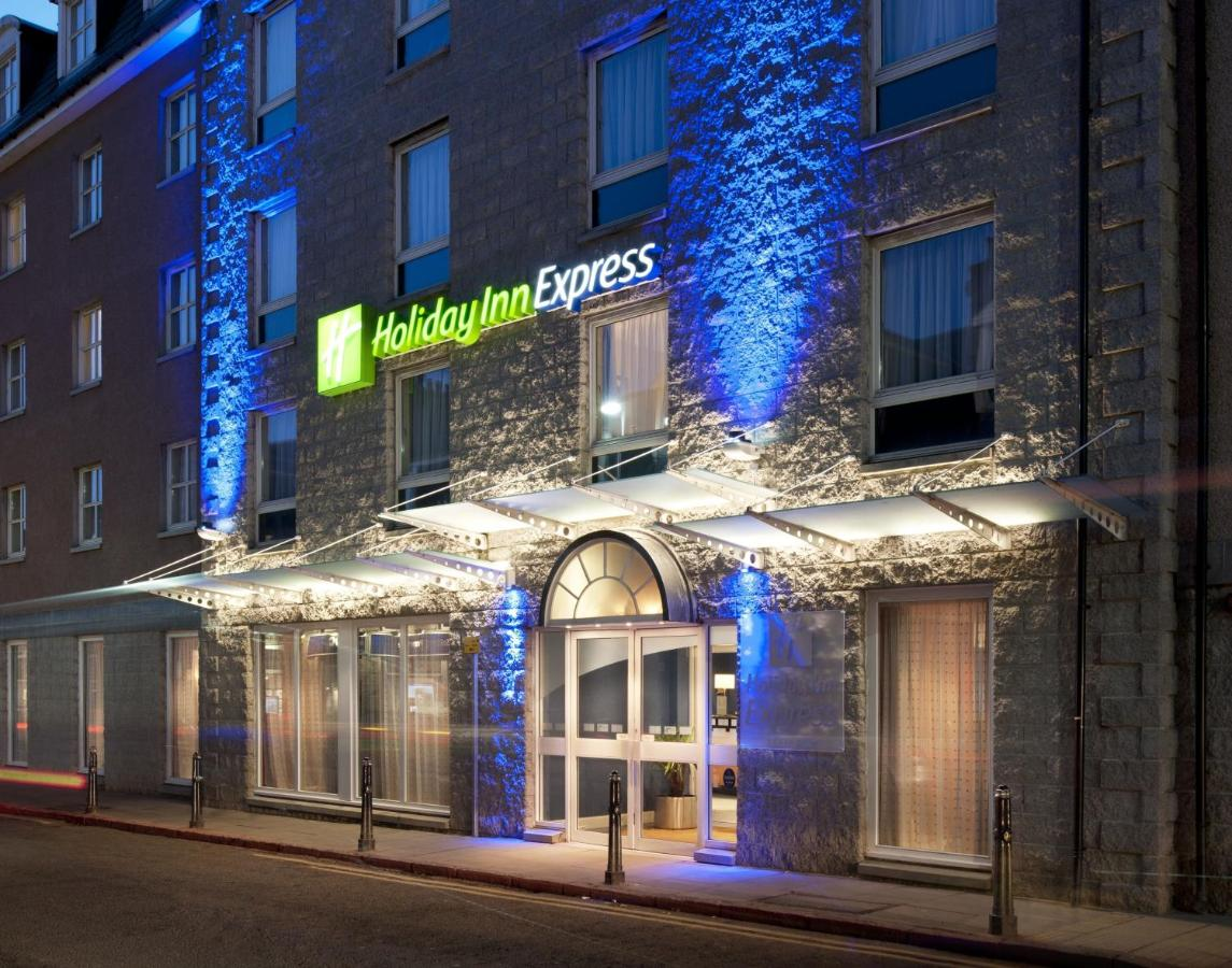 Отель Отель Holiday Inn Express Aberdeen City Centre
