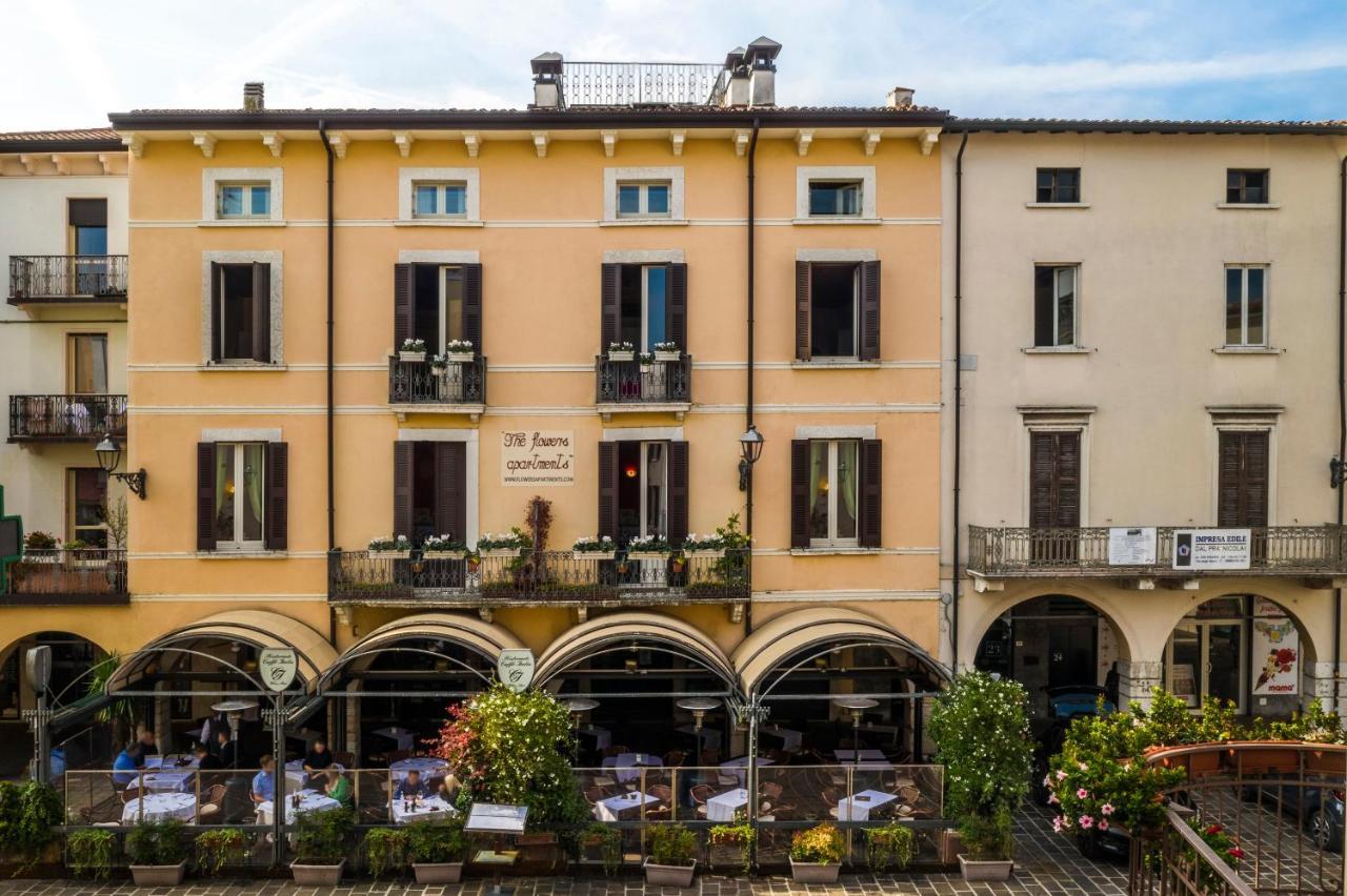 Via Durighello Desenzano Del Garda flowers apartments, desenzano del garda – updated 2020 prices