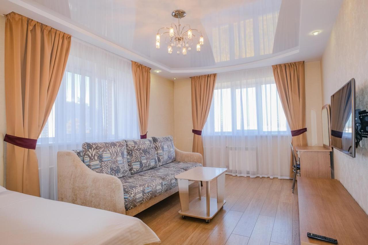 Апартаменты/квартира Apart Petrovskie At Sibirskaya 33A