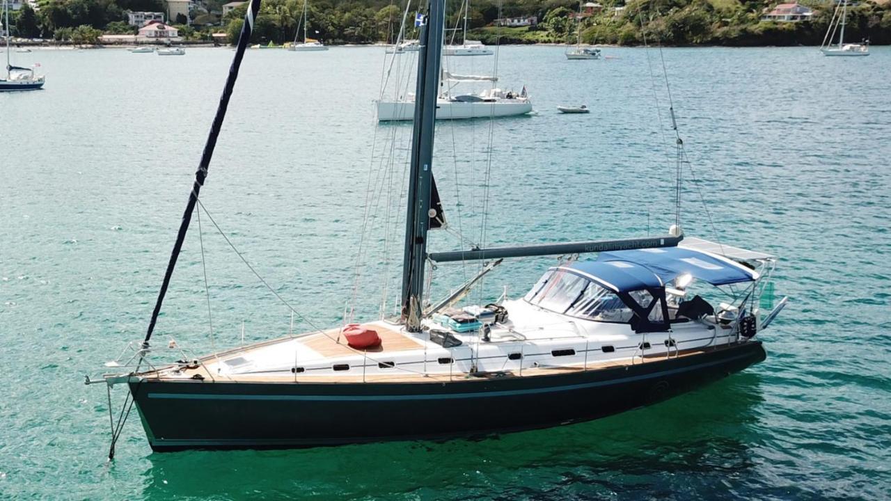 Kundalini Sailing Yacht
