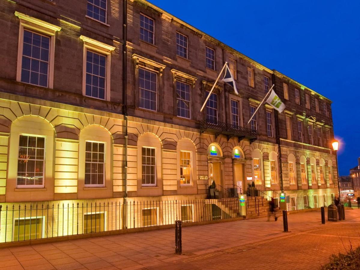 Отель  Holiday Inn Express Edinburgh City Centre