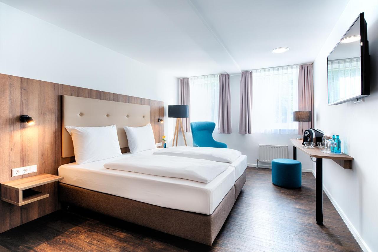 Отель  ACHAT Hotel Stuttgart Zuffenhausen