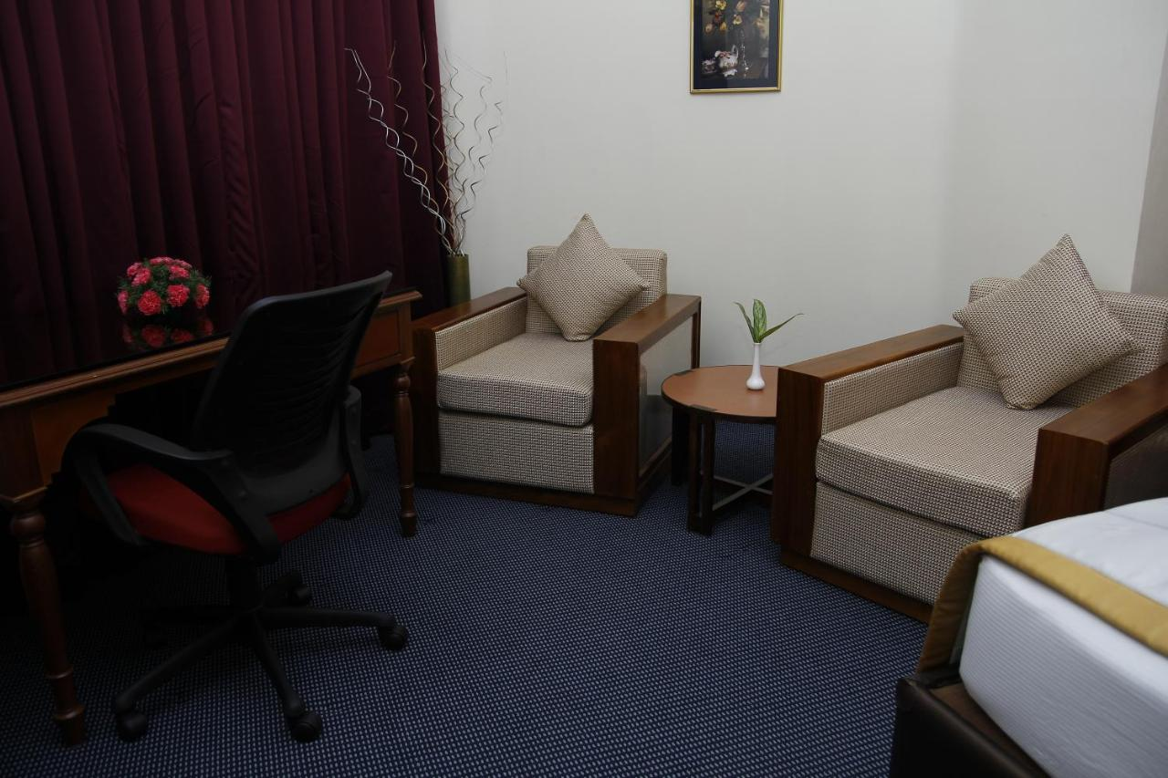 Pleasing Hotel Presidency Cochin Updated 2019 Prices Machost Co Dining Chair Design Ideas Machostcouk
