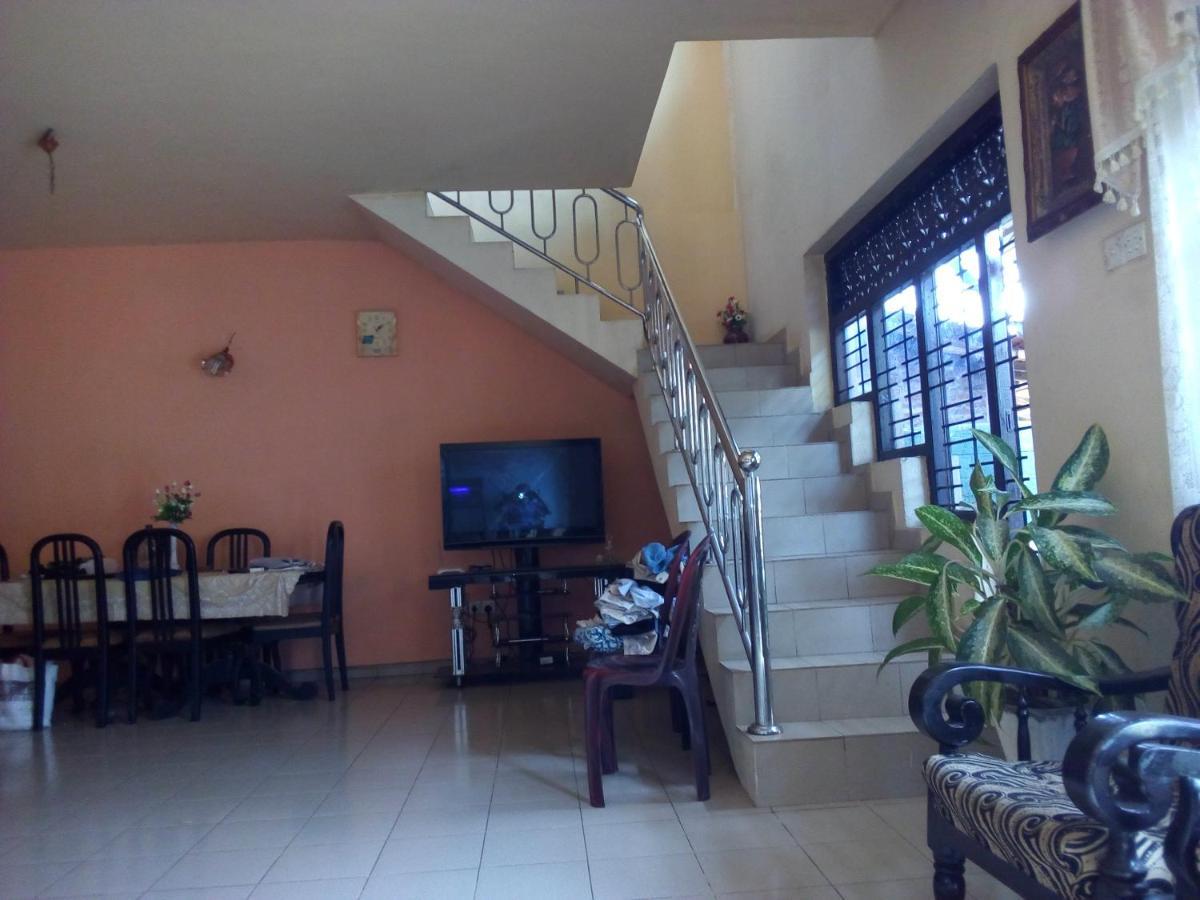 Отель типа «постель и завтрак»  Randi Homestay In Negombo