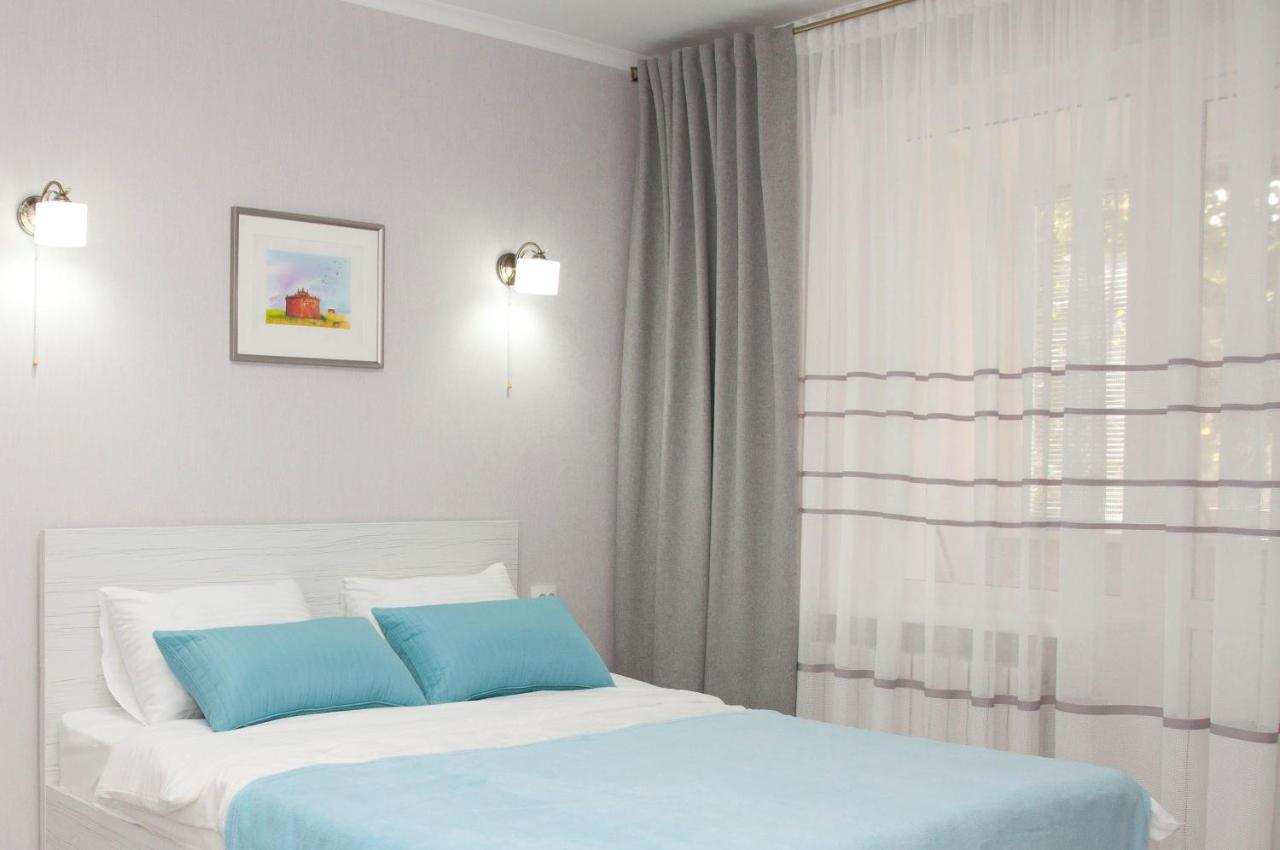 Апартаменты/квартира  Eva's Deluxe Apartment - DOWNTOWN