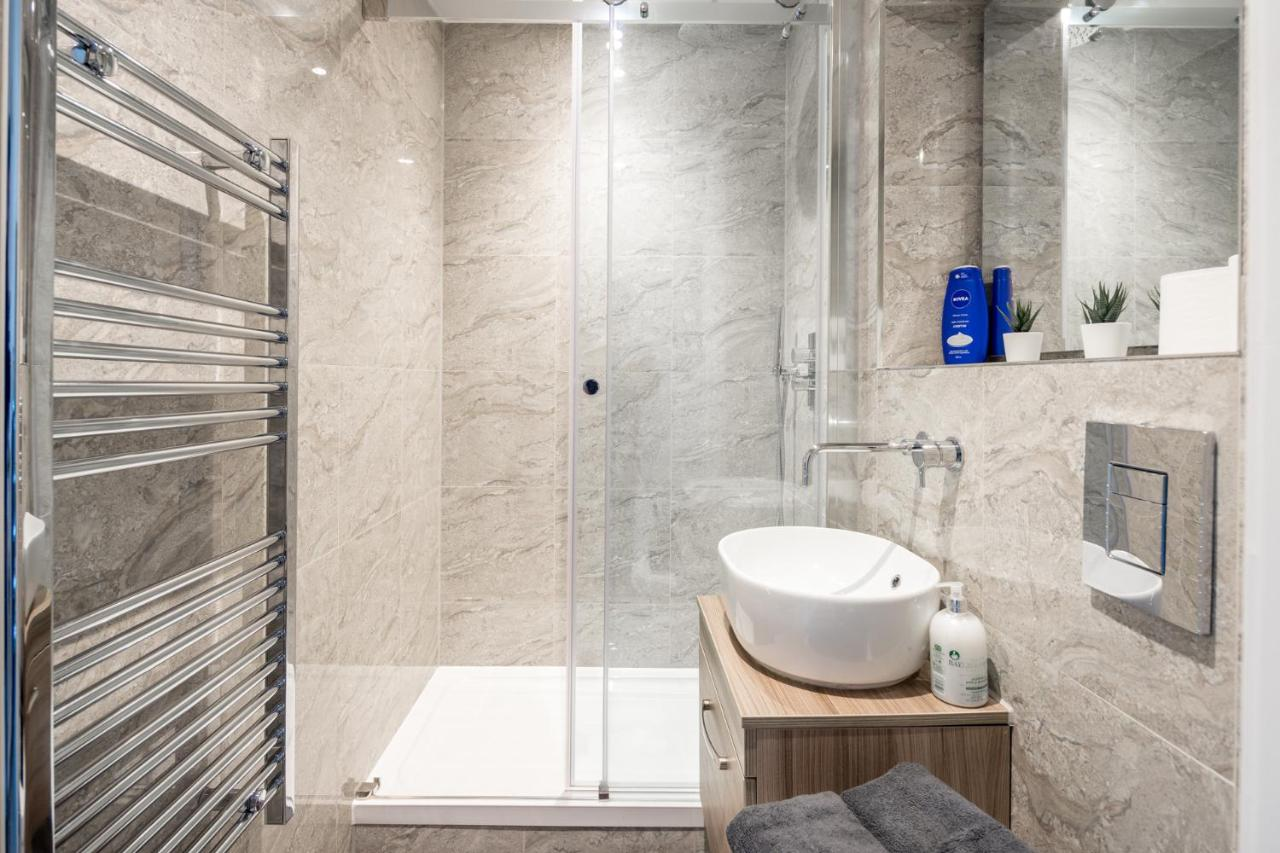 St Albans City Apartments Near Luton Airport And Harry