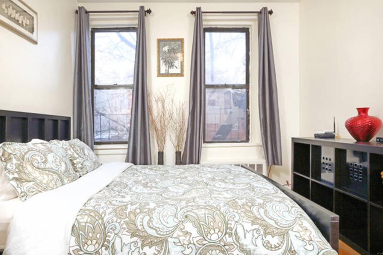 Апартаменты/квартира  Lower East Side Pied-a-terre!