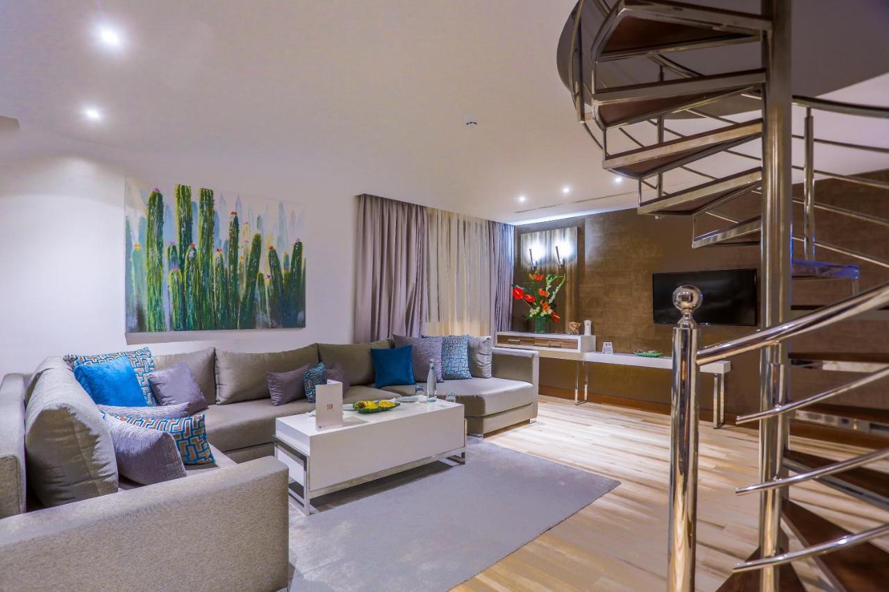 Отель  SBN Suite Hôtel