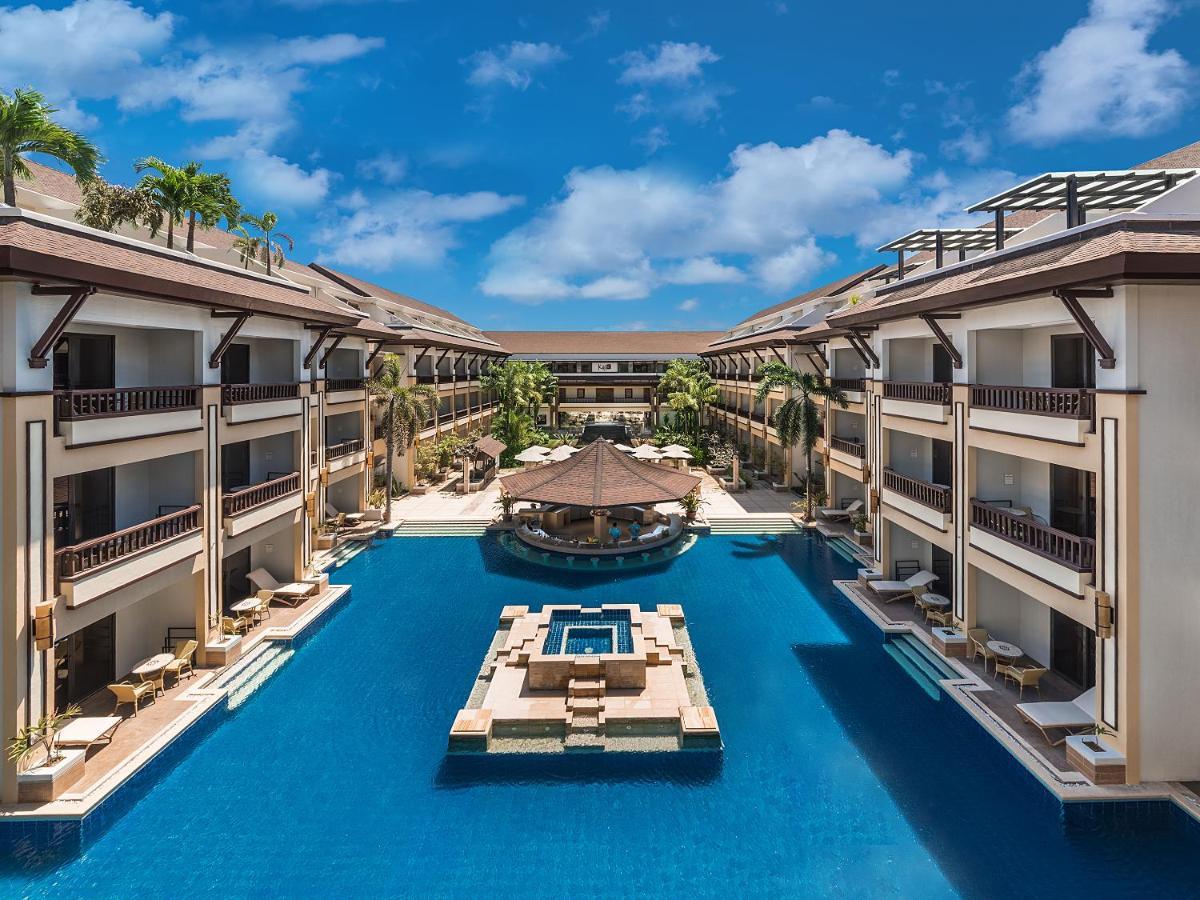 Best Hotels in Boracay : Henann Regency Resort