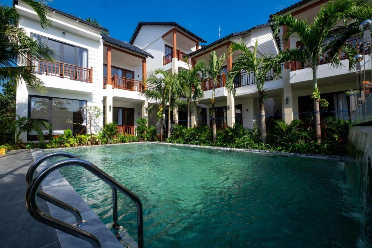 Курортный отель  Colibri Resort