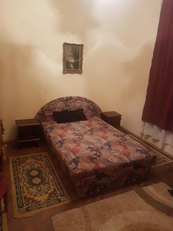 Vila Andrei Romania Băicoi Booking Com