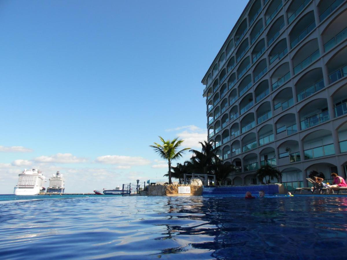 Апарт-отель  El Cantil Condo Resort