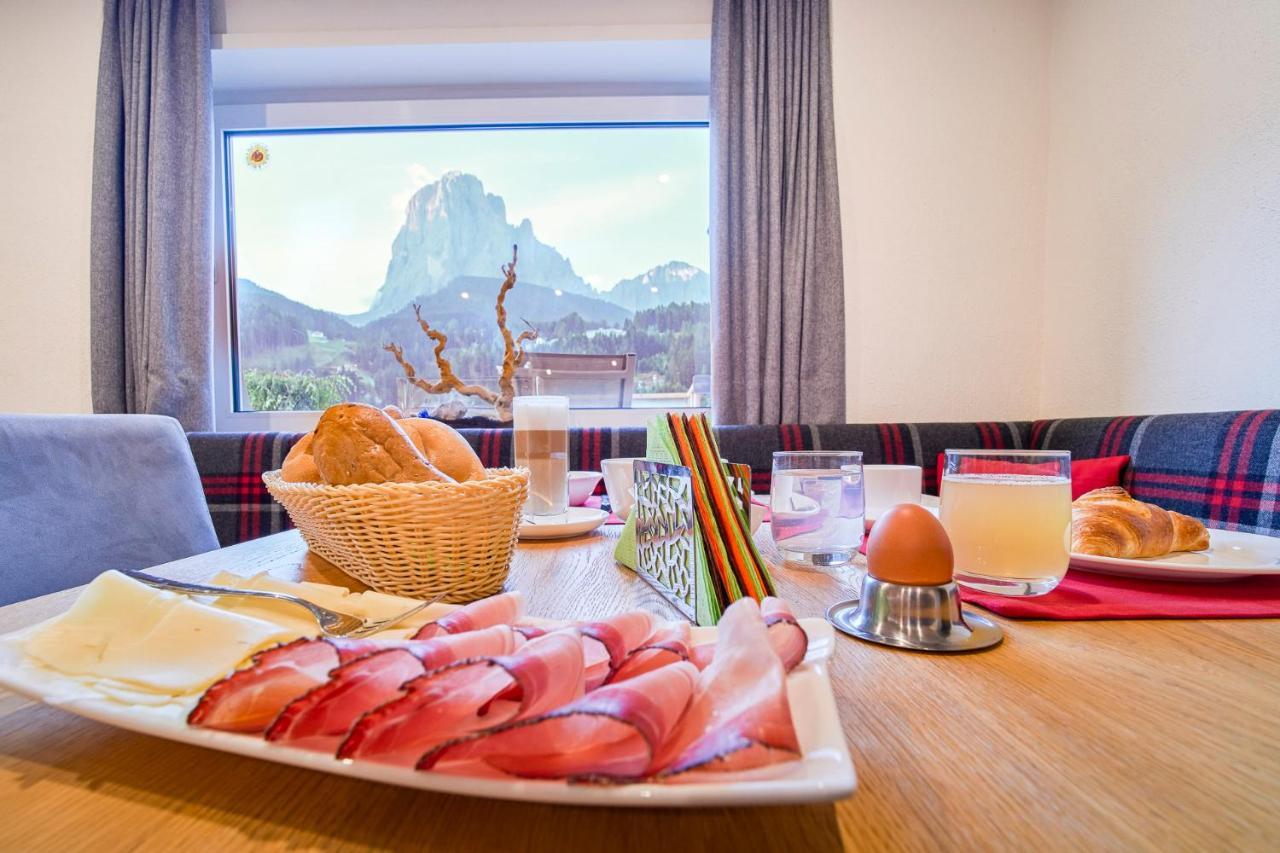 Kedul Alpine Lodge Santa Cristina Gherdeina Italy Booking Com