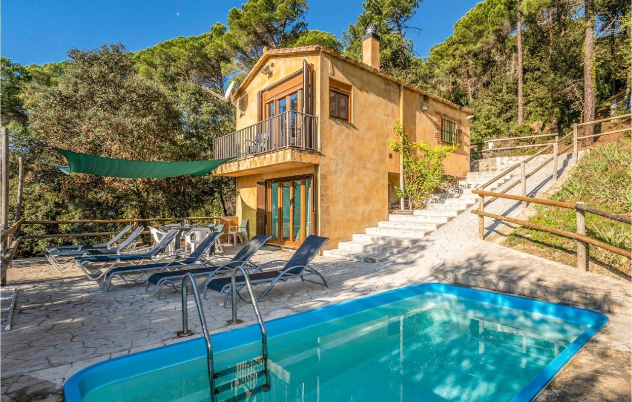 Дом для отпуска  Holiday Home In Santa Pellaia