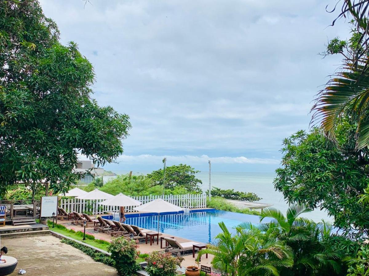 Курортный отель Léman Cap Resort & Spa