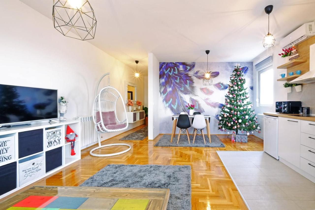 Апартаменты/квартиры  Apartmani Altina