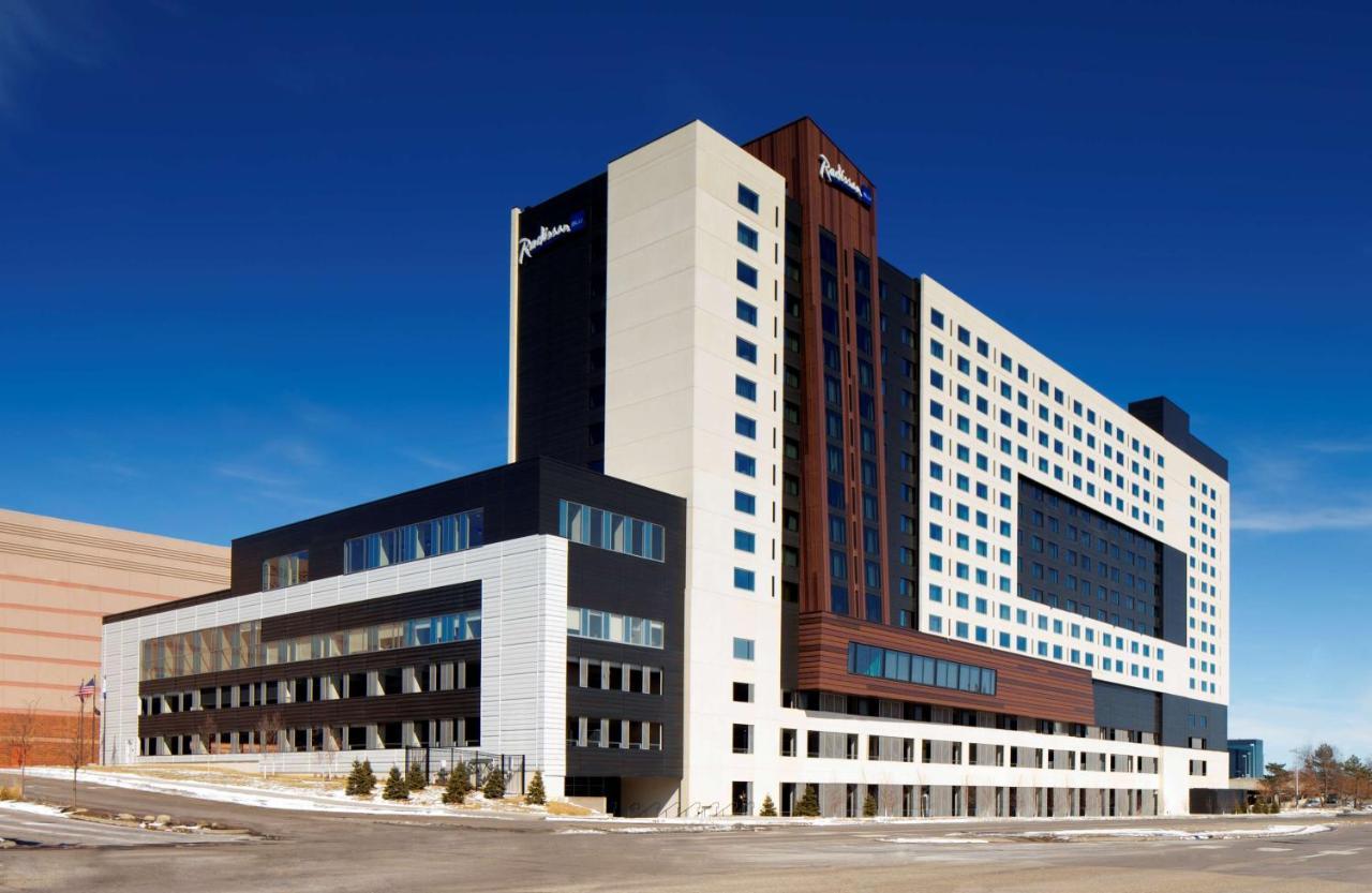 Отель  Отель  Radisson Blu Mall Of America