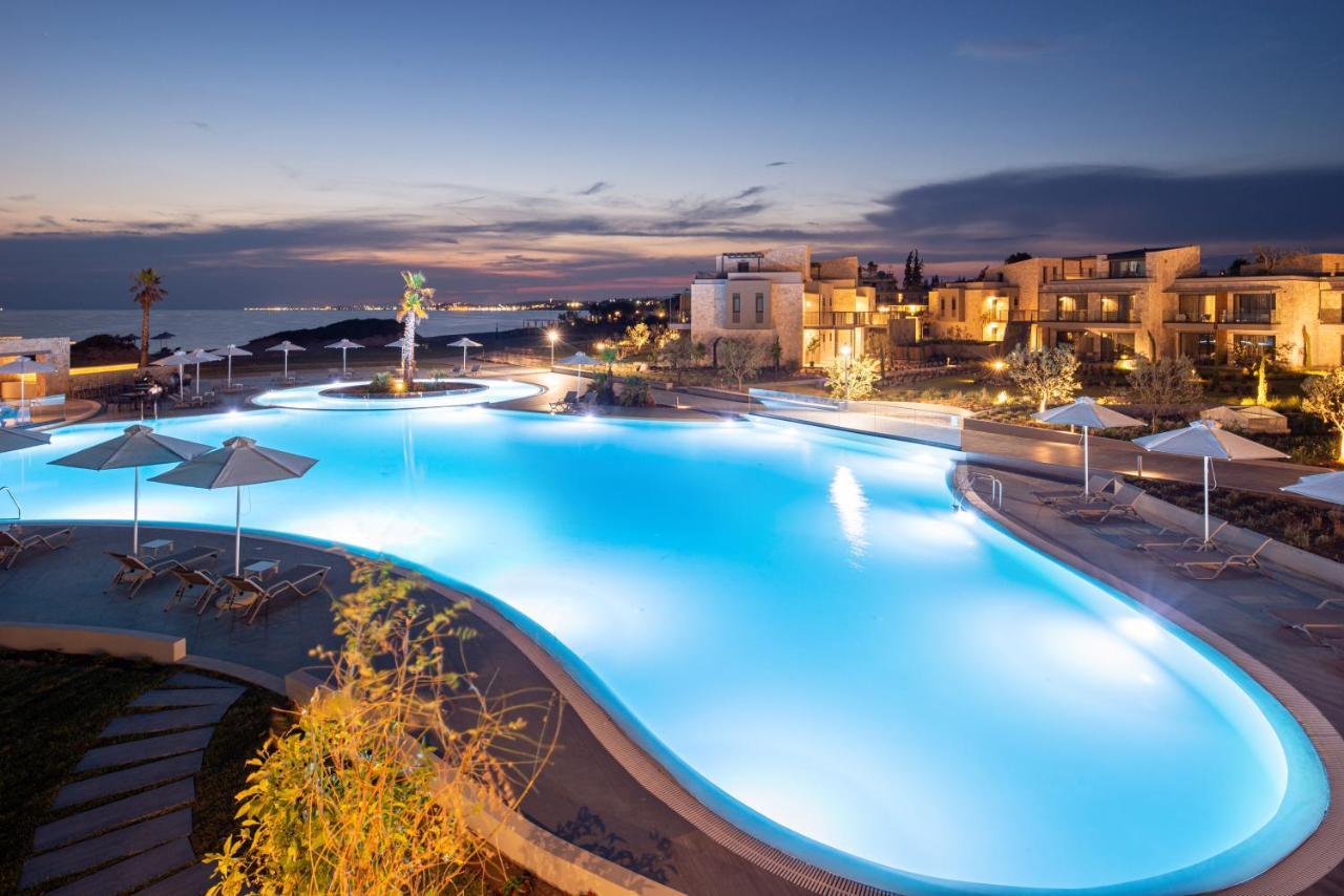 Отель  Portes Lithos Luxury Resort
