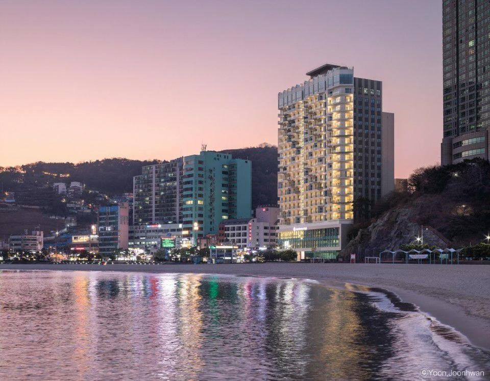 Отель Best Western Plus Busan Songdo