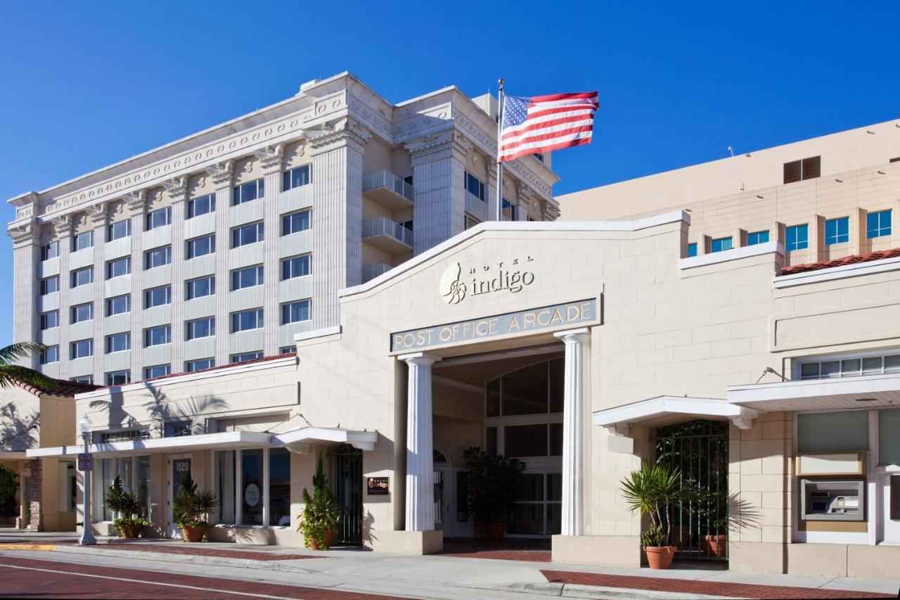 Отель  Hotel Indigo Fort Myers Downtown River District