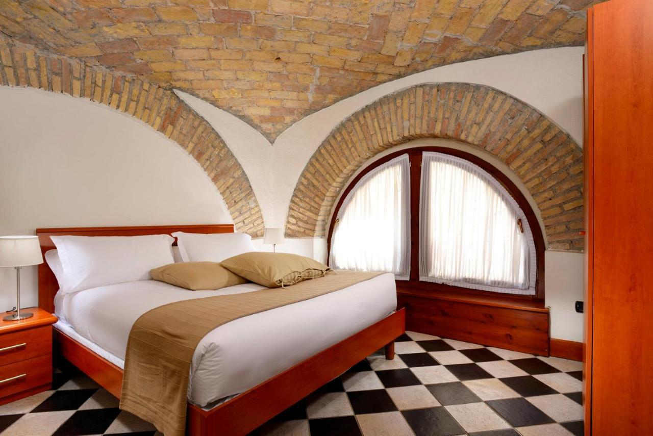 Апарт-отель  Roma Resort Termini