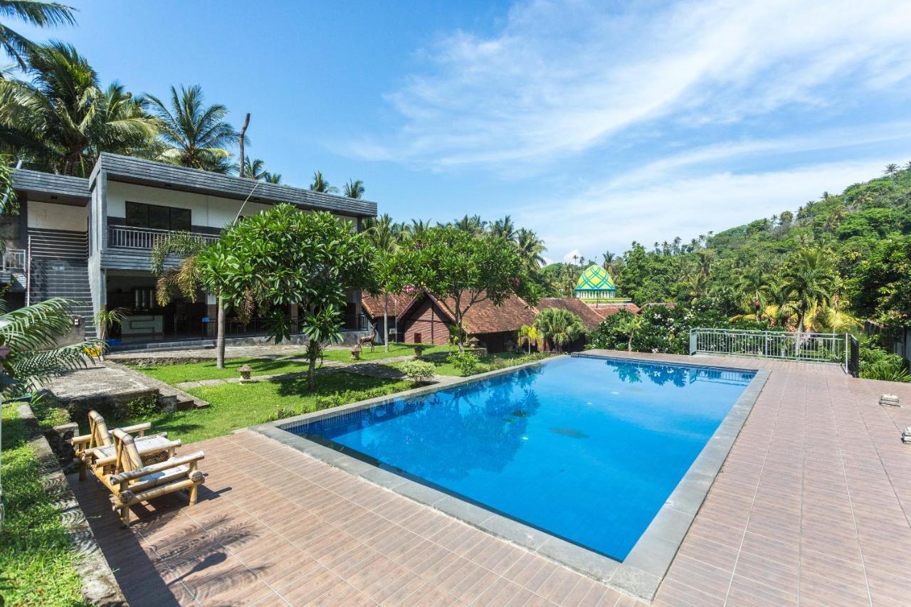 Отель  OYO 2020 Hotel Bumi Aditya