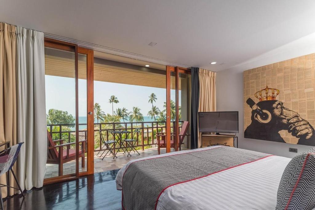 Sunset Beach Resort Spa Taling Ngam