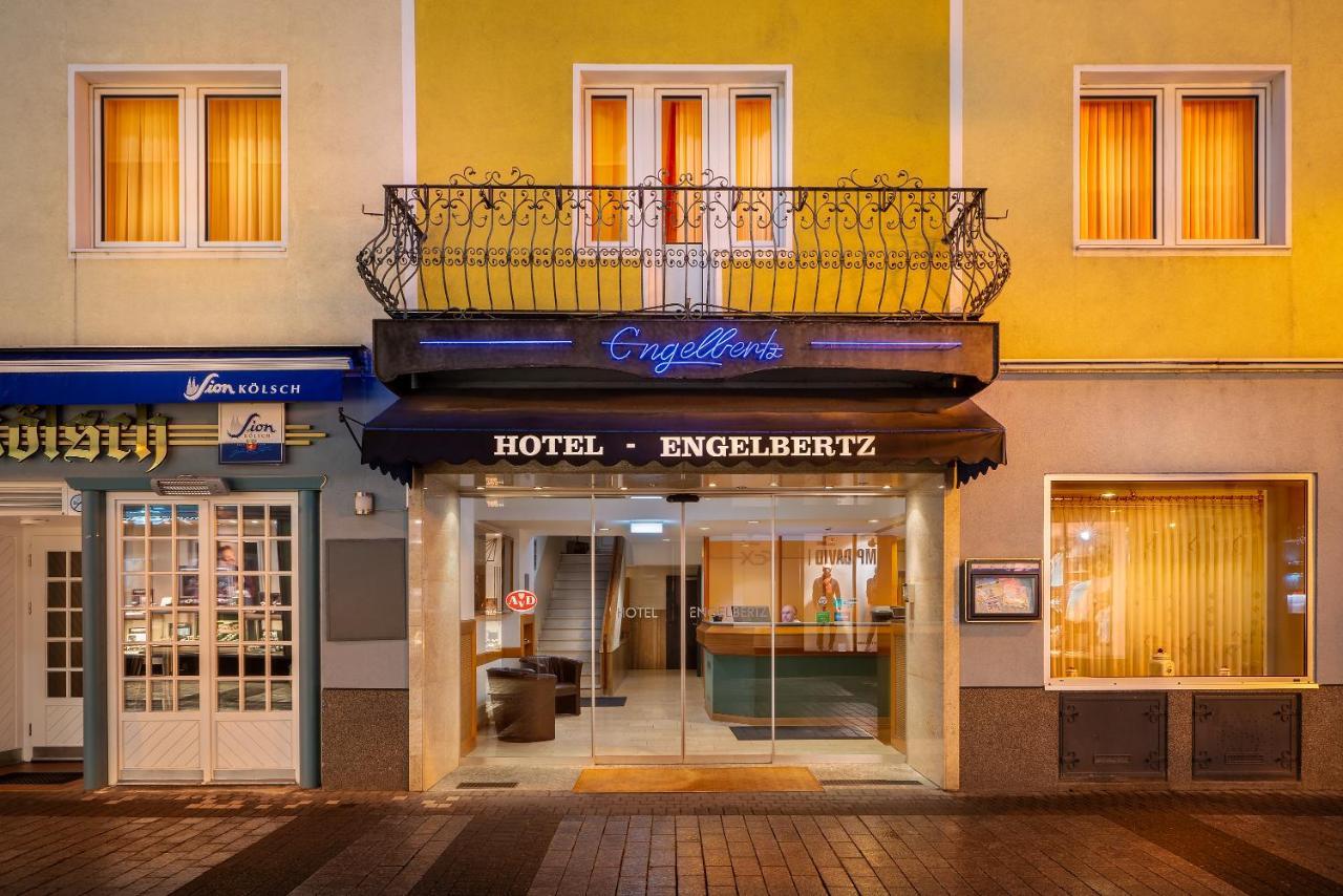 Отель  Hotel Engelbertz