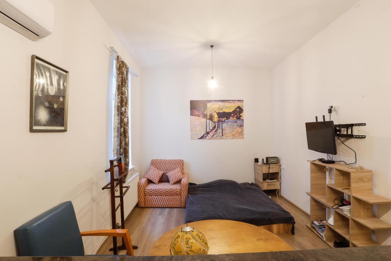 Апартаменты/квартиры  Babu Apartment