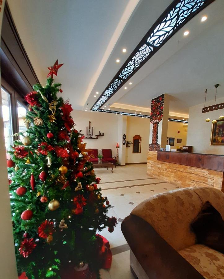 Отель  Rumman Hotel