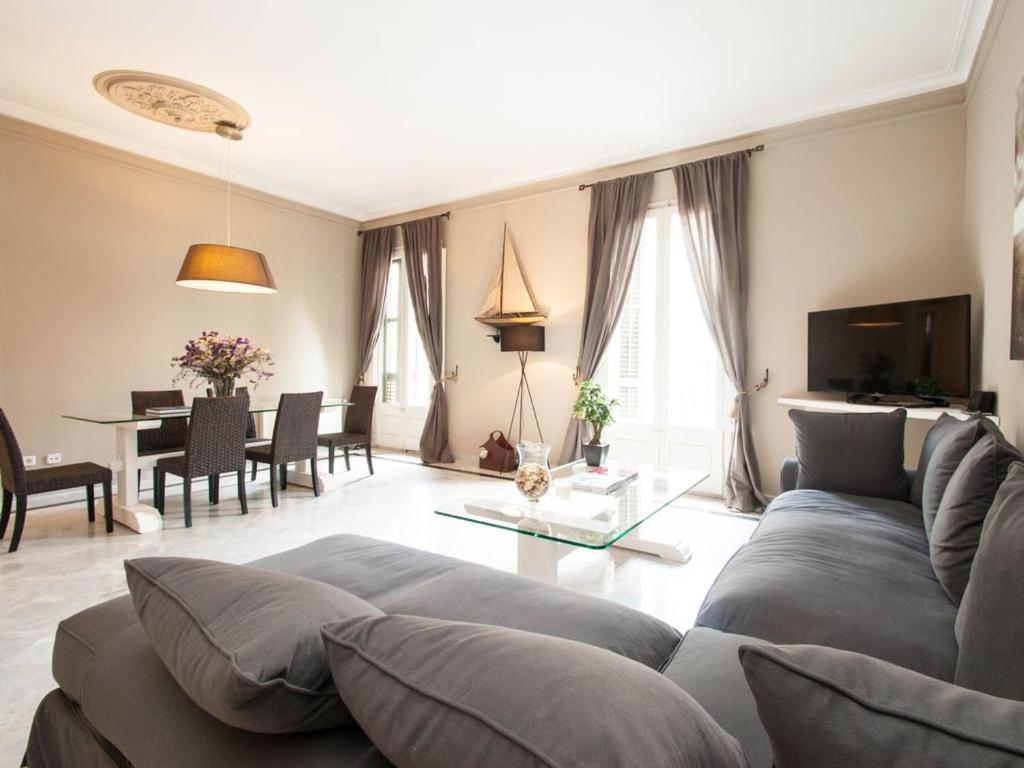 Апартаменты/квартира  Luxe 2 Bedrooms Apartment In The Heart Of The City, New Building,Yerevan