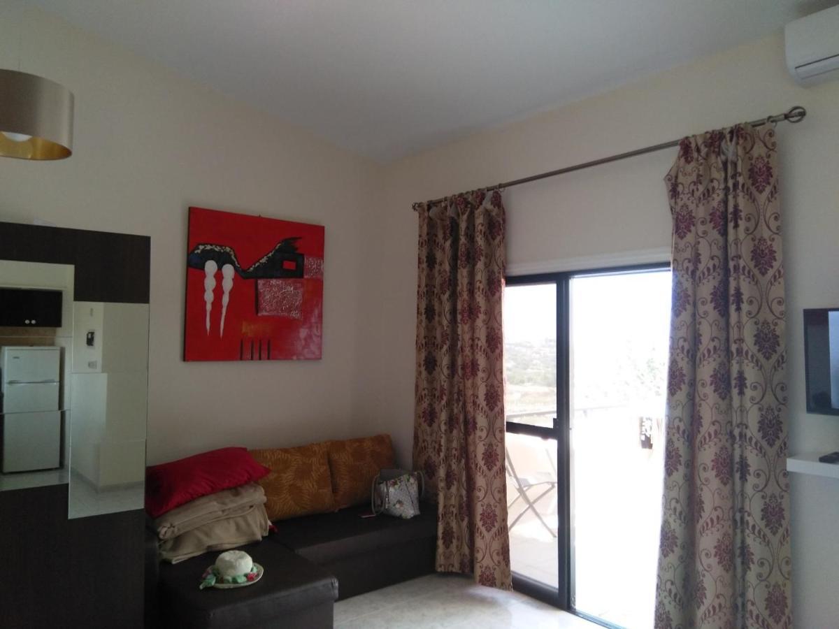 Апартаменты/квартира  Mare Monte Apartments Kissonerga 8574